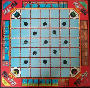 vintage 1986 milton bradly game board spy vs spy
