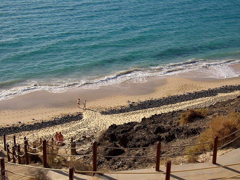 Sand_beach_on_coast[1]