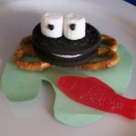 game night ideas: frog cookies