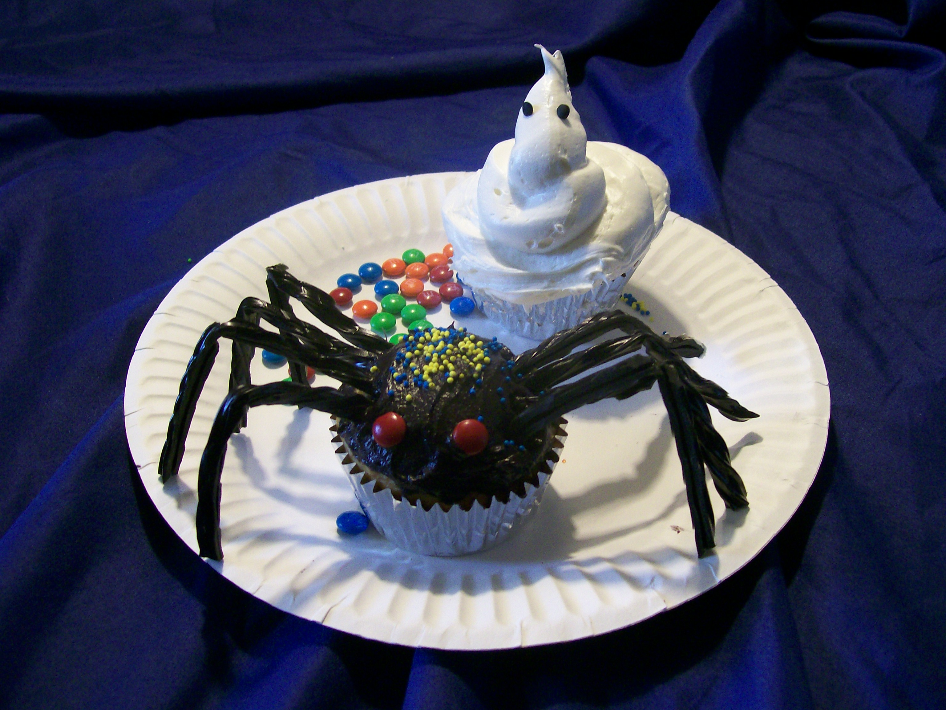 Spider and Ghost cupcakes